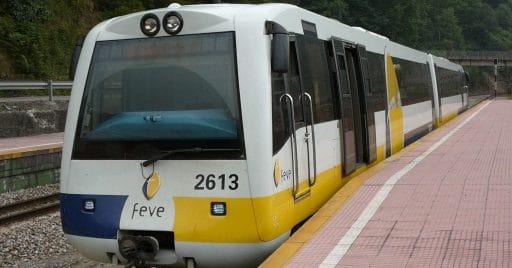 2613 de FEVE en Ablaña, Mieres. Foto: Elfo del bosque