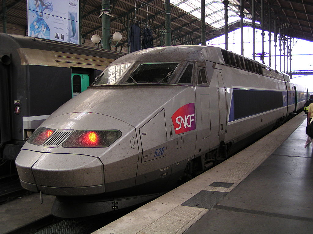 SNCF obtiene beneficios en 2013