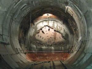 El Ministerio de Fomento licita la electrificación del túnel de Pajares.