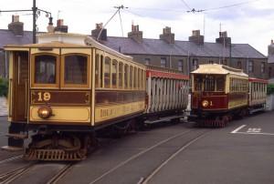 El coche número 1 de la Isla de Man es el tranvía eléctrico operativo más antiguo del mundo.