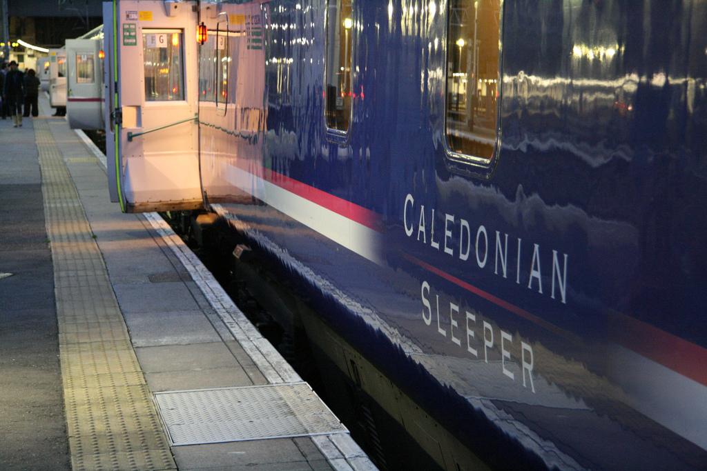 La compañía británica Serco gana la franquicia Caledonian Sleeper.