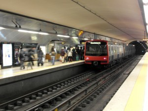 Tren en la estación Alameda de la línea verde. Foto: Ingolf.