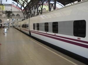 Train & Breakfast Lisboa