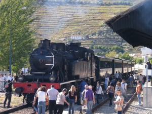 Este año la locomotora de vapor del tren histórico del Duero será sustituida por una diésel.