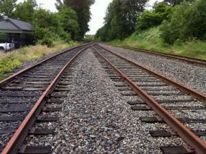 Estación con bifurcaciones para poder hacer cruces en una línea de vía única. Foto: VeloBusDriver.