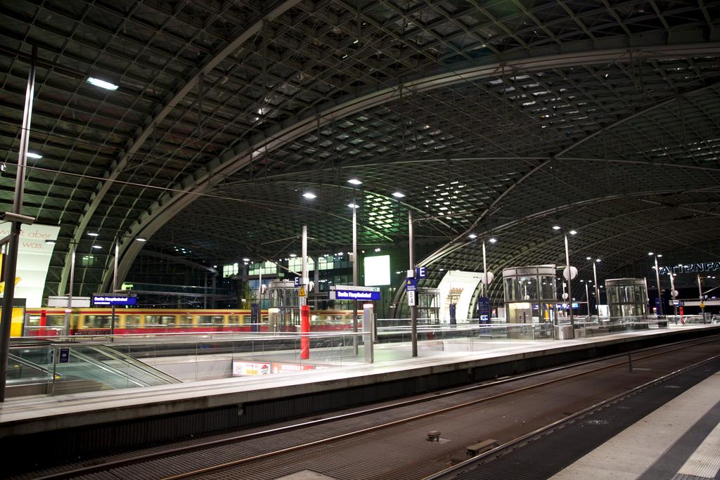 La Estación Central de Berlín es la mayor terminal de paso de la Unión Europea.