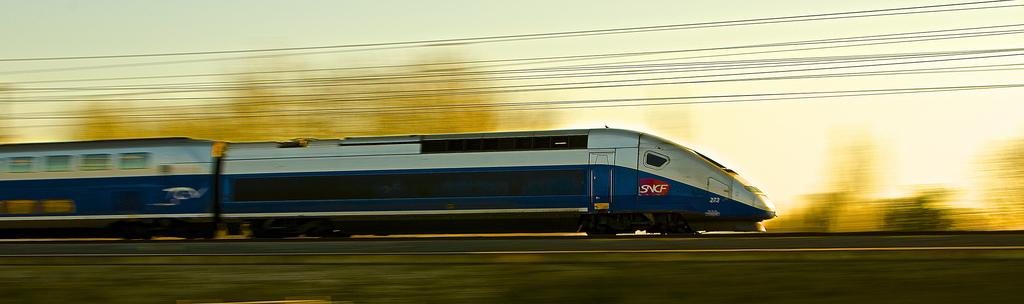 Según el Tribunal de Cuentas francés, el actual modelo de alta velocidad en el país galo no atiende a la justificación económica.