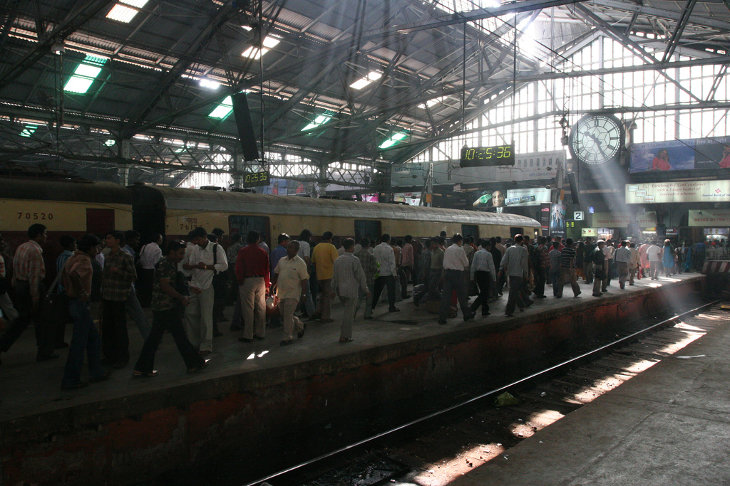 Interior de la estación Chhatrapati Shivaji, otrora llamada Estación Victoria.