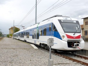 Tren Civity de CAF, similar a los que adquirirá NS, en Monte San Savino, Italia. Foto: Alessio Pedretti.