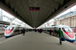 El TAV de Sapsan ha duplicado su longitud para aumentar su capacidad en la ruta Moscú-San Petersburgo.