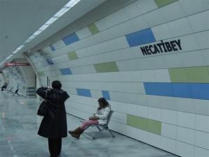 Imagen del interior de la estación de Necatibey, obra de COMSA