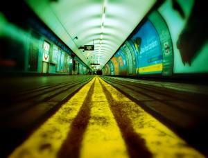 Esta nueva aplicación daría más autonomía a los invidentes en el metro. Foto: Marc Barker.