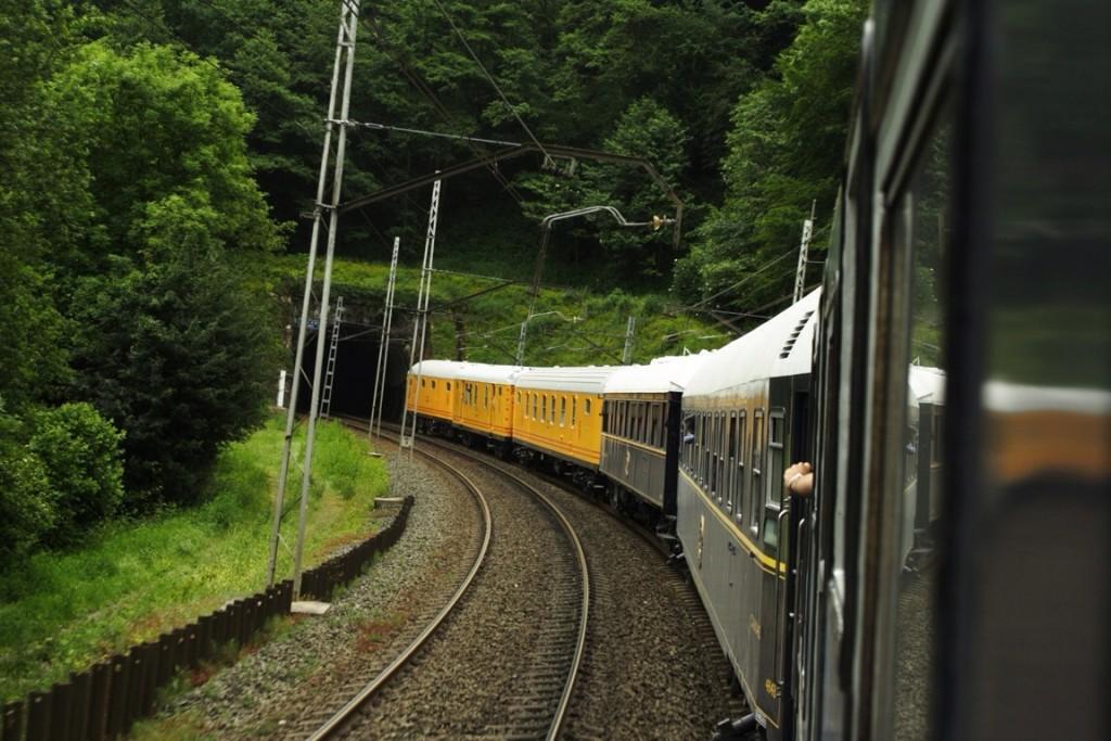 El Tren Azul de la AZAFT durante su último viaje al País Vasco. Foto: Daniel Luis Gómez.