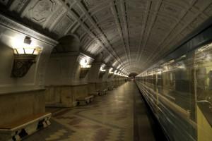 El metro de Moscú en verano puede parecer un infierno. Foto: mariusz kluzniak .
