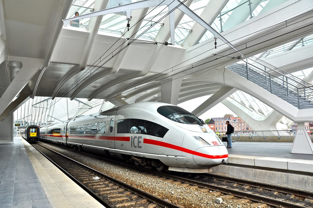 Los ICE 3 ya conectan Frankfurt con París. Foto: Darkroom Daze.