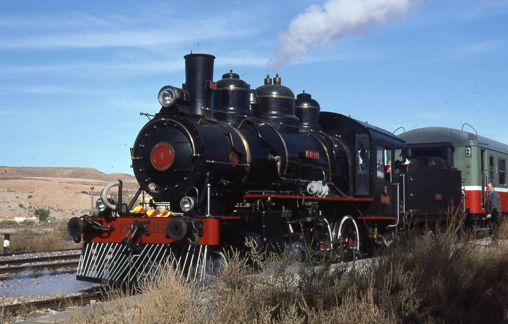 La locomotora Baldwin I durante un viaje con los coches 6000 'Lucky'. Foto de Angel González Mir obtenia de Baldwin.es