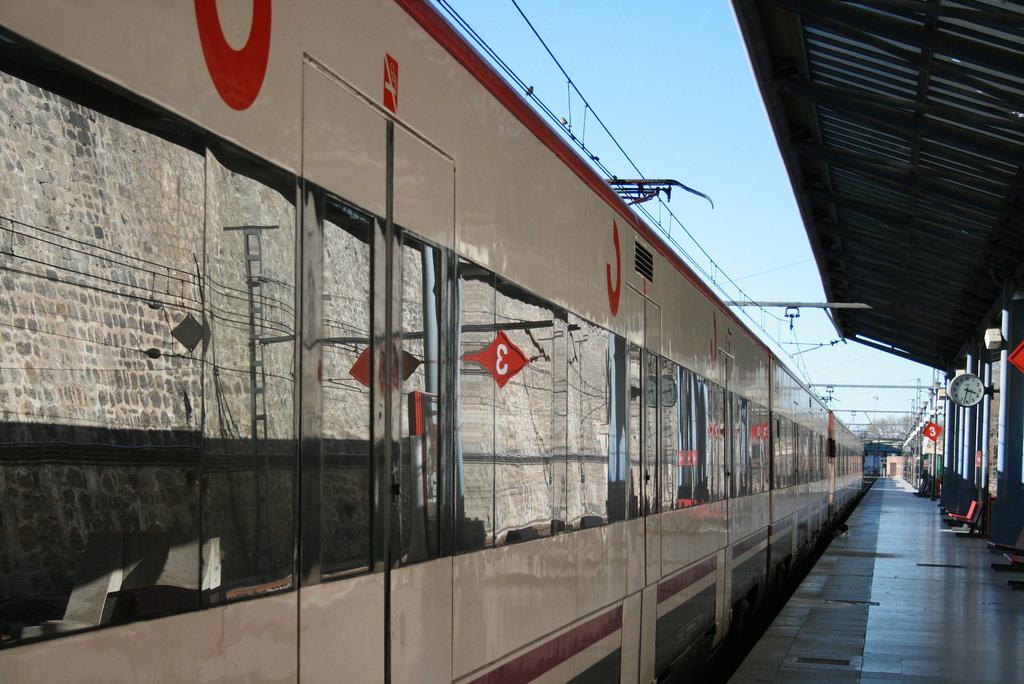 Los usuarios del tren en nuestro país afrontan una nueva jornada de paros parciales en Adif y Renfe. Foto: JrGMontero.