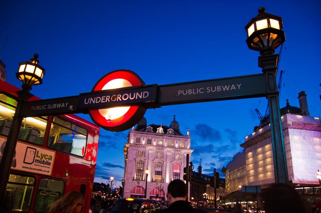 Aún sin fecha de estreno para el Night Tube londinense. Foto: Ben Deavin.