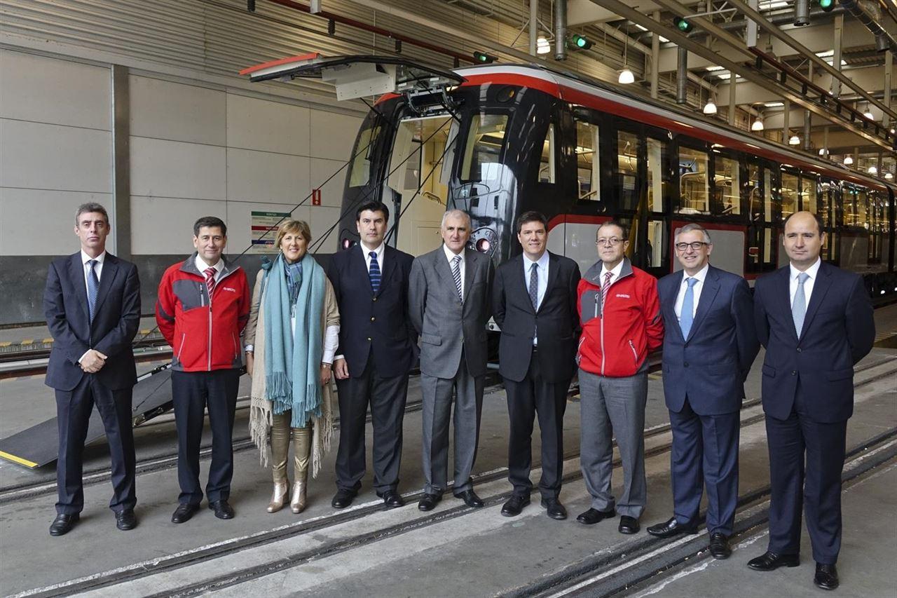 Presentación oficial del primer tren de CAF para el metro de Santiago de Chile. Foto: CAF.