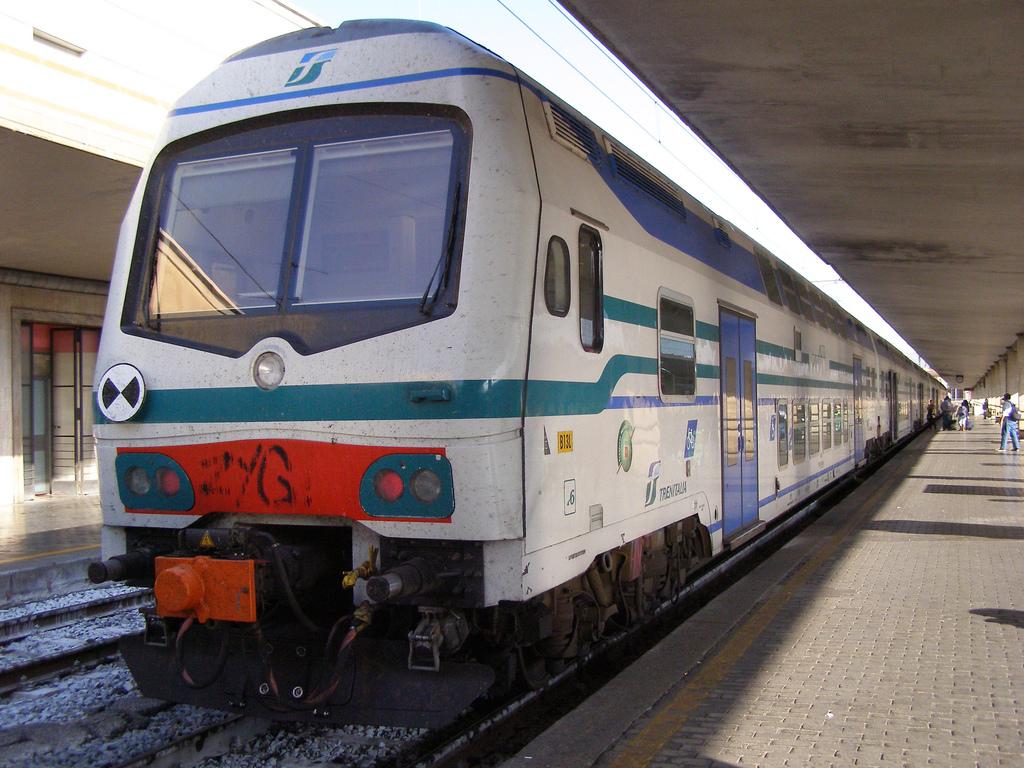 Las operadoras italianas anuncian el suministro de nuevos trenes. Trenitalia encargará más Vivalto como el de la imagen. Foto: Magro_kr.