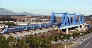 TGV Dayse circulando por Llinars, Barcelona. Foto: Curimedia.