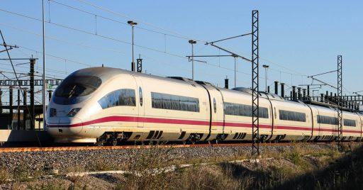 La CNMC determina que el AVE de Renfe y las infraestructuras de alta velocidad de Adif son rentables