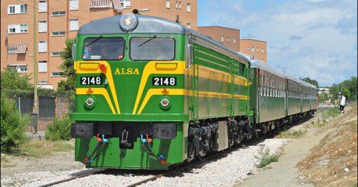 Tren de Alsa Raíl por el ramal de Villaverde a Orcasitas. Foto (CC BY NC SA): Furby trenes
