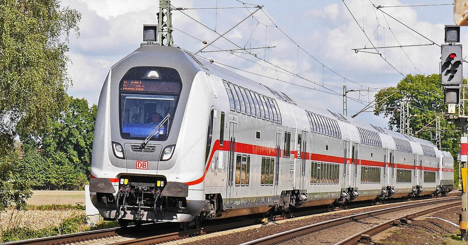 Coches de 2 pisos para el servicio Intercity de la Deutsche Bahn fabricados por Bombardier