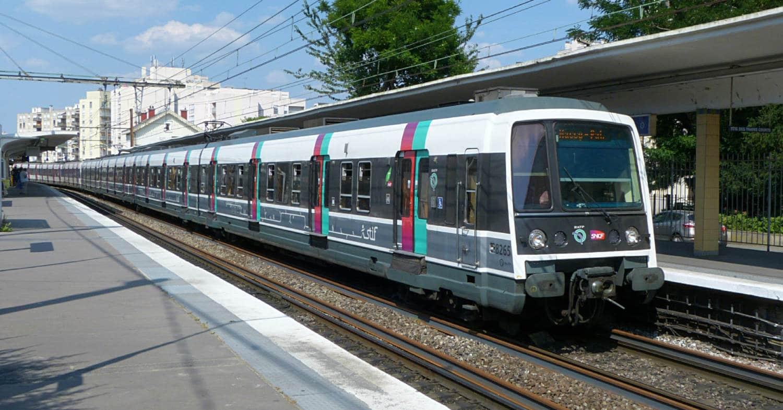 Tren de la serie MI79 reformado en Bourg La Reine. NIRAN91.