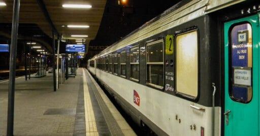 Intercité de nuit destino Niza en la estación de Luxemburgo. TIMON91