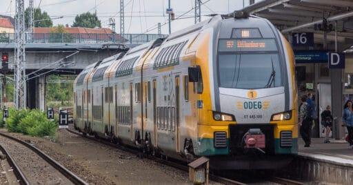 Stadler KISS de la alemana ODEG, similares a los que el fabricante Suizo podría fabricar para Renfe Cercanías, en Berlin-Lichtemberg. ALBERT KOCH