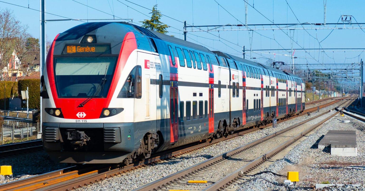 Stadler Kiss de los ferrocarriles suizos, un modelo similar al que Stadler Rail Valencia podría haber ofrecido a Renfe. MARKUS EIGENHEER.