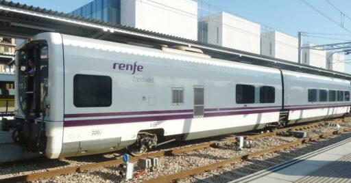 Remolques de Talgo 7 camas antes de iniciar su transformación de Trenhotel a trenes AVE de la serie 107. NACHO.