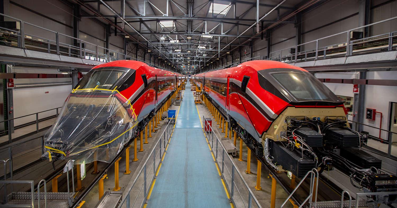 Los dos primeros ETR 1000 de ILSA en la factoría de Pistoia, Italia. © ILSA