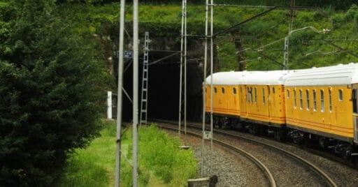 Furgones de Correos en el Tren Azul de la AZAFT. DANIEL LUIS GÓMEZ ADENIS