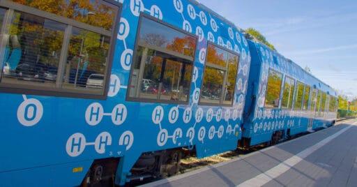 El Coradia iLint de Alstom, único tren de hidrógeno en servicio comercial, podría tener mucho peso en el plan Alstom in Motion 2025