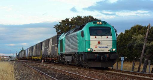 Las prácticas del curso de maquinista de Transfesa se hace en sus propios trenes. NELSO SILVA.