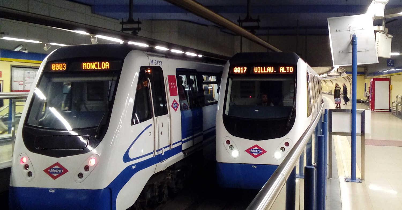 Trenes de la línea 3 del metro de Madrid en Lavapiés. SNOOZE123.